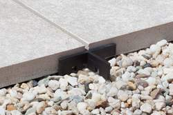 Tile and paver spacer Schlüter-TROBA-ZFK ensures an even joint appearance